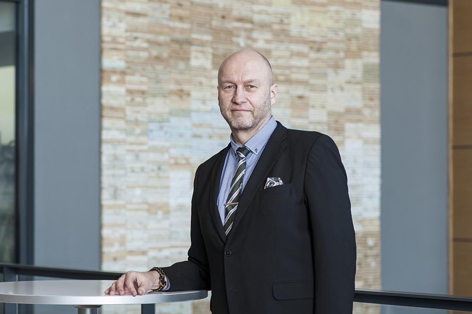 Liiketoimintajohtaja Erkki Summanen